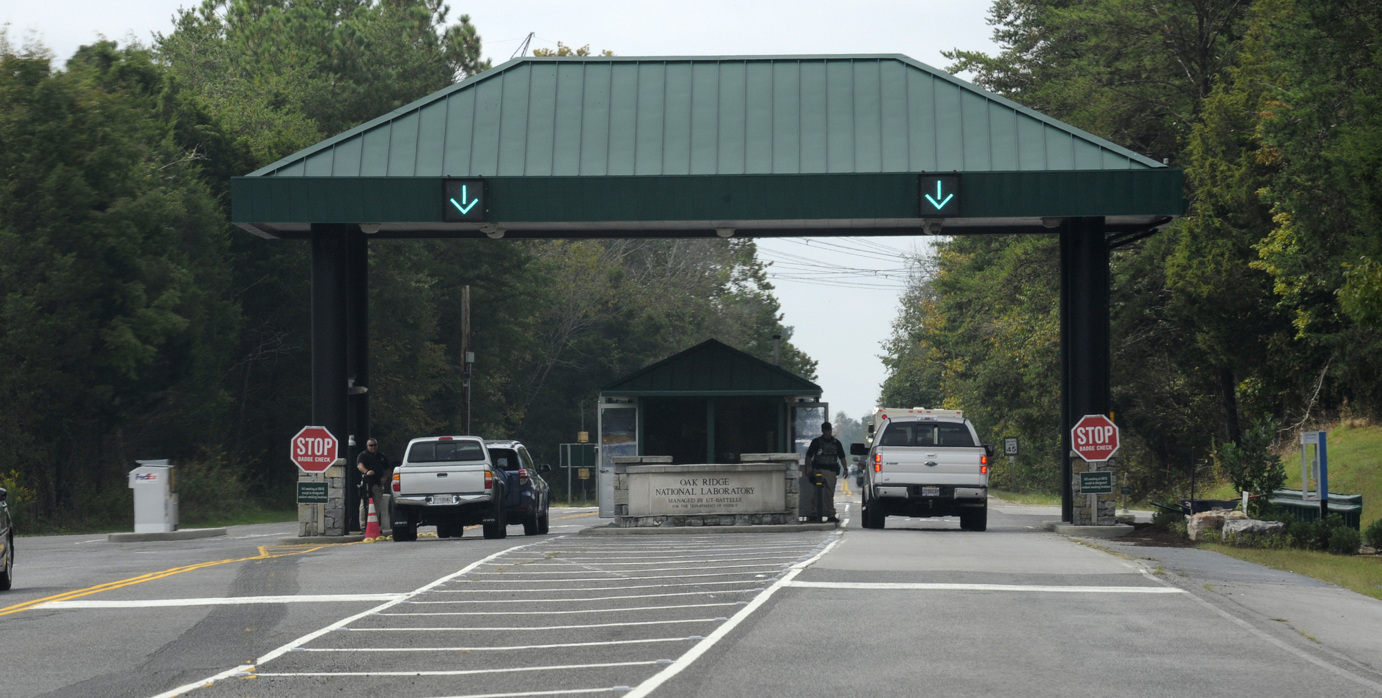 East portal to the Oak Ridge National Laboratory Tuesday, Sep. 30, 2014. (MICHAEL PATRICK/NEWS SENTINEL)