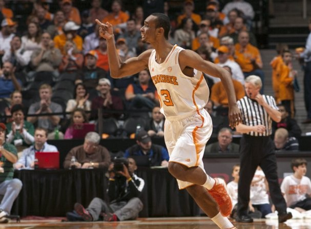 Tennessee guard Derek Reese (3) signals to teammates after sinking a 3-pointer in the first half against Vanderbilt at Thompson-Boling Arena Tuesday, Jan. 29, 2013. (ADAM BRIMER/NEWS SENTINEL)